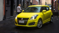 2016-suzuki-swift-sport-hatch-42