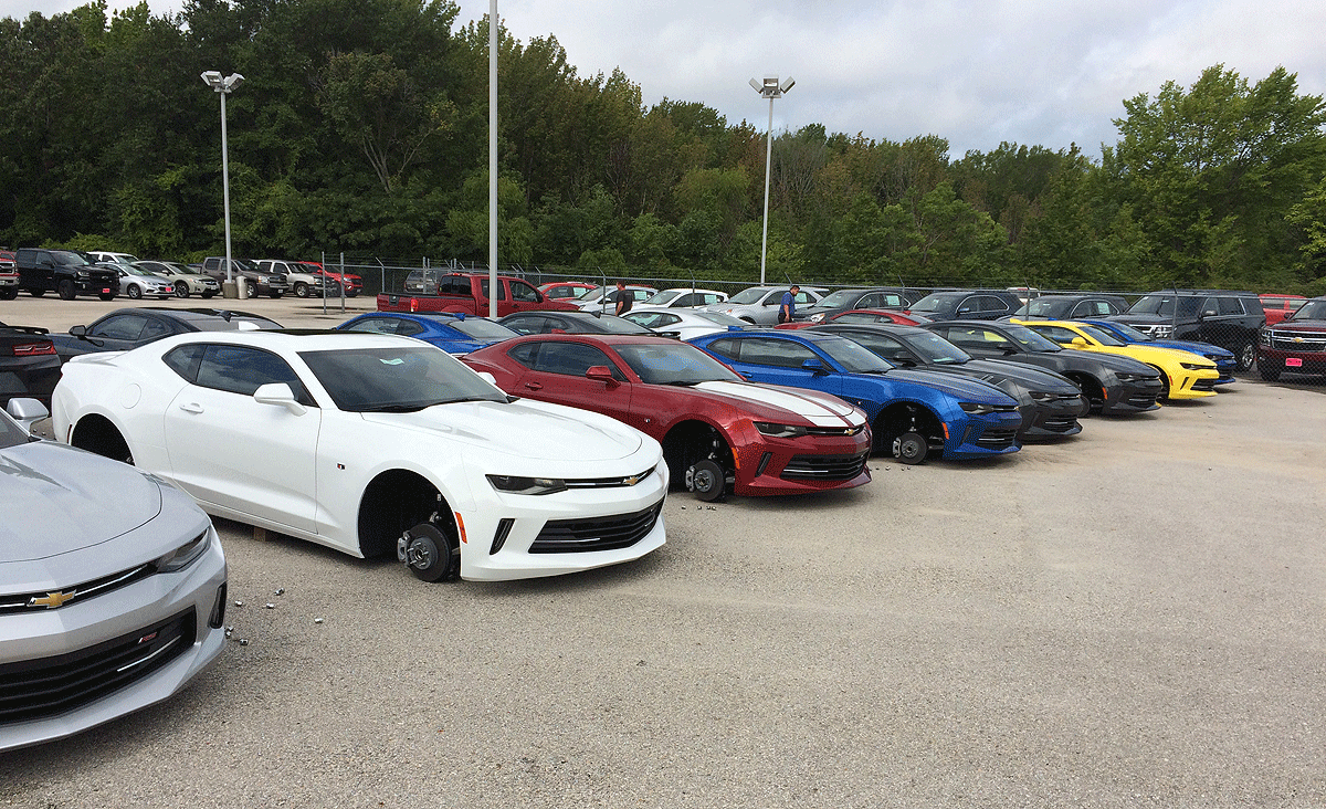 Dealerships In Tyler Tx >> Wheels Of 48 Vehicles Stolen From Chevy Dealerships In Texas