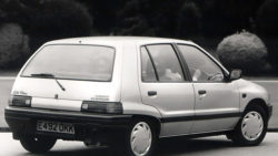 autowp.ru_daihatsu_charade_cx_diesel_turbo_uk-spec_1