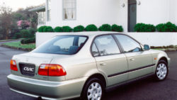 honda_civic_sedan_82