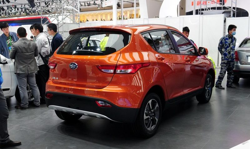 Should FAW Introduce D60 SUV In Pakistan? 4