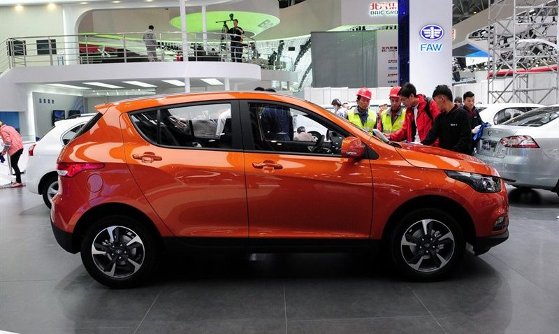 Should FAW Introduce D60 SUV In Pakistan? 5