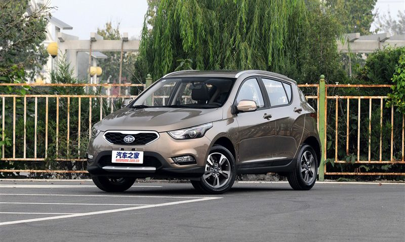 Should FAW Introduce D60 SUV In Pakistan? 11