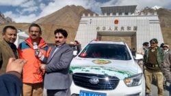pak china friendly car rally arrives at sost in hunza on friday 1476707829 1161
