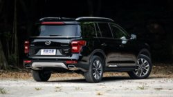GAC Trumpchi GS8- The Finest Chinese SUV Ever 4