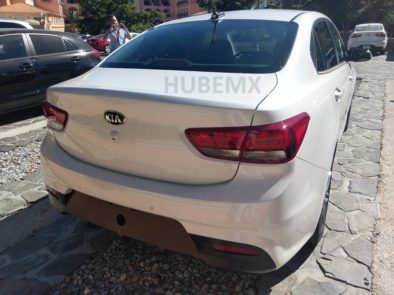 2017 Kia Rio Sedan Spied Undisguised in Mexico 3