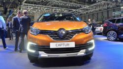 Facelift Renault Captur Debuts at Geneva Motor Show 2017 2