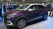 Facelift Renault Captur Debuts at Geneva Motor Show 2017 6