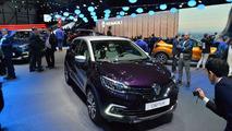 Facelift Renault Captur Debuts at Geneva Motor Show 2017 7