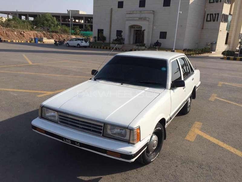 Daihatsu Charmant- A Reliable Sedan of the 1980s 8