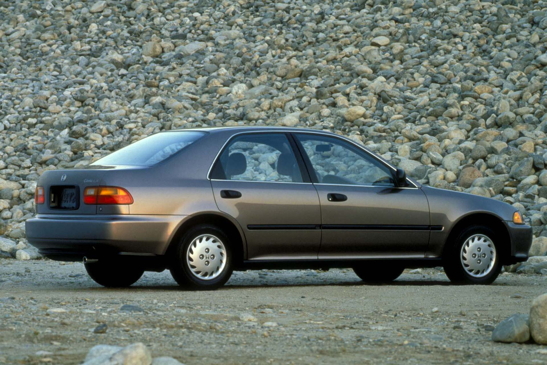 The History of Honda Civic 6