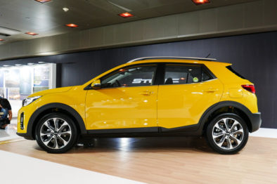 KIA Reveals the All-New Stonic Compact Crossover 2