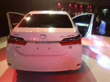 Indus Motors Officially Launches 2017 Toyota Corolla Facelift 2
