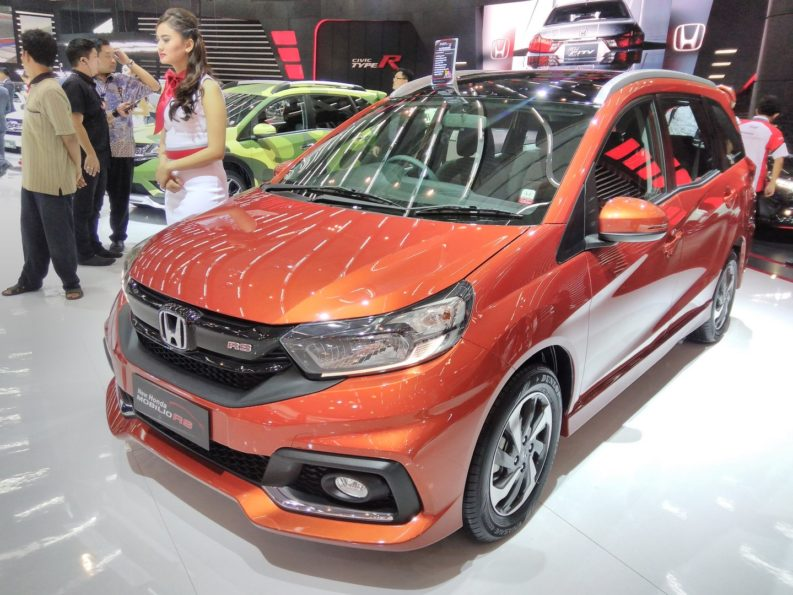 GIIAS 2017: Honda Brio RS and Mobilio RS 7