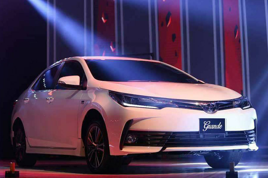 Indus Motors Officially Launches 2017 Toyota Corolla Facelift 6