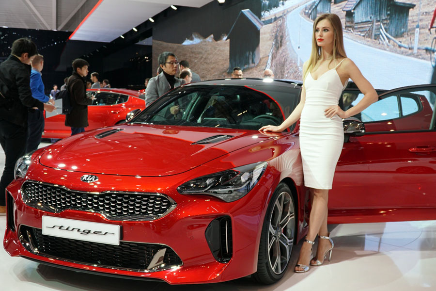 KIA will Launch Stonic and Stinger in Europe 7