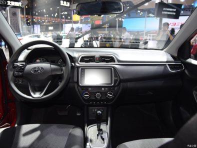 Hyundai Launches the Low-Budget Reina Sedan in China 12