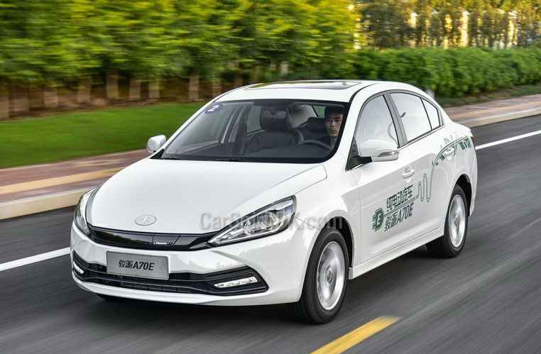 Pure Electric FAW A70E Launched in China 4
