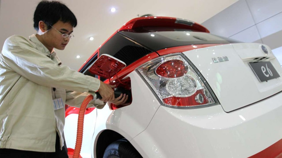 China Considering to Ban Petrol and Diesel Powered Cars 2