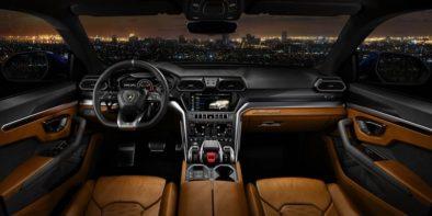 Lamborghini Urus Debuts As The World's Fastest SUV 9