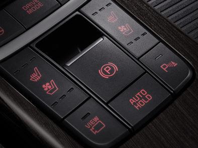 KIA K5 (Optima) Facelift Launched 11