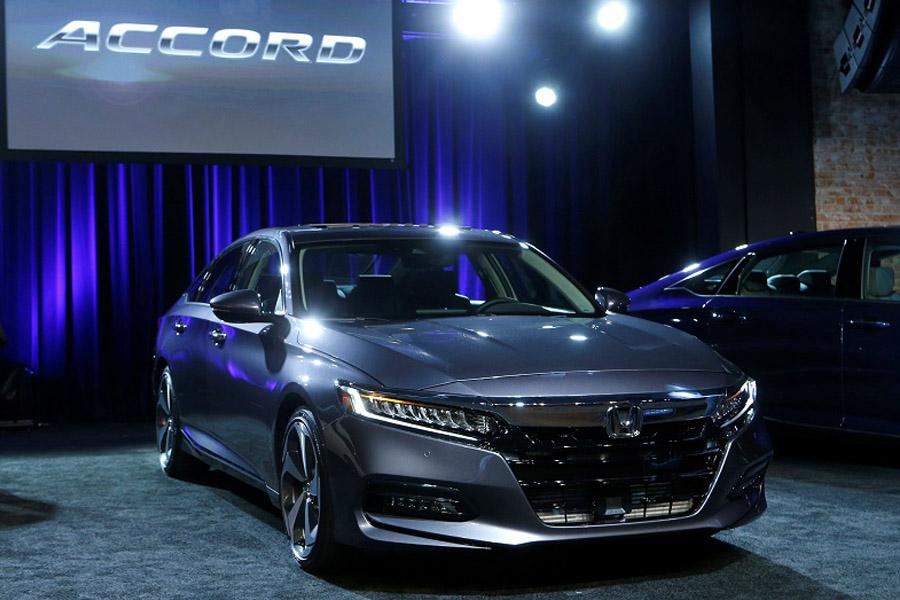 Honda Accord has Won the 2018 North American Car of the Year Award 4