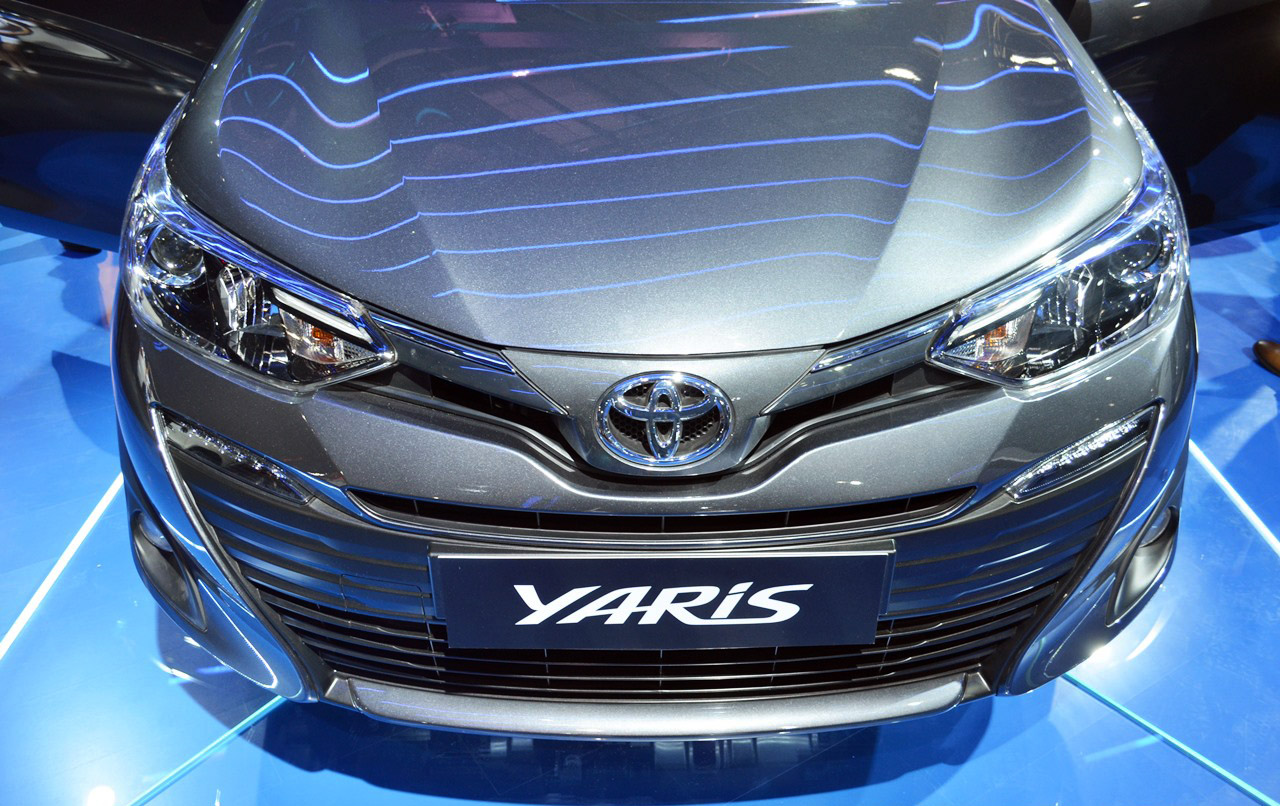 Toyota Yaris Pre-Booking Starts in India- Launch Expected in May 2018 5