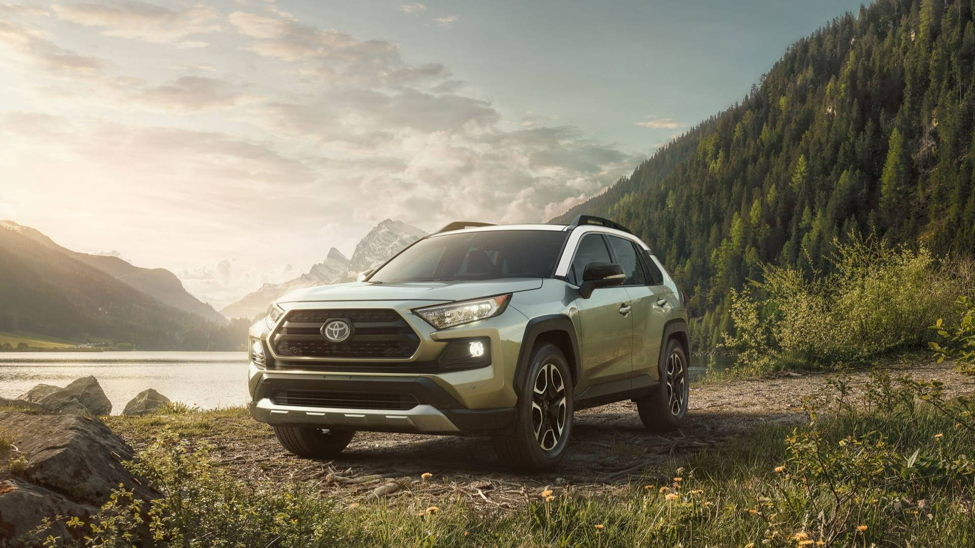 The All-New 2019 Toyota RAV4 Debuts at the 2018 New York International Auto Show 4