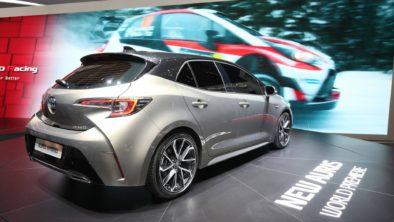 Next Generation Toyota Auris Debuts in Geneva 5
