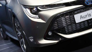 Next Generation Toyota Auris Debuts in Geneva 10