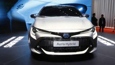 Next Generation Toyota Auris Debuts in Geneva 21