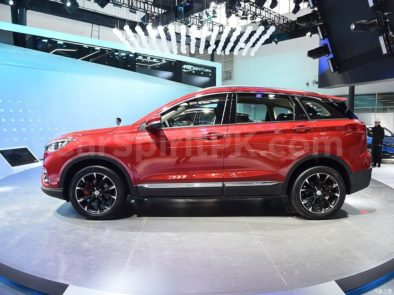 FAW R9 Arrives at 2018 Beijing Auto Show 6