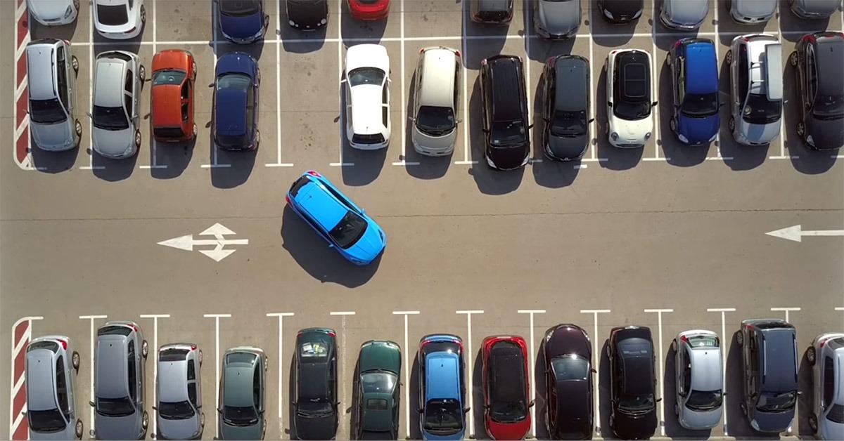 Volkswagen Tests Autonomous Parking Function at Hamburg Airport 10