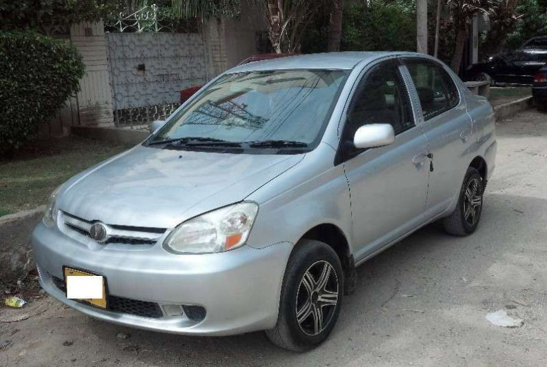 1000cc Sedans in Pakistan 15