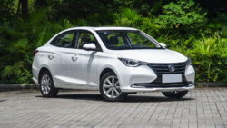 The All-New 2018 Changan YueXiang Debuts in China 34
