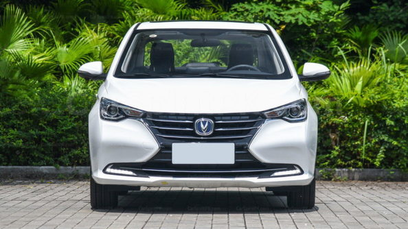 The All-New 2018 Changan YueXiang Debuts in China 33