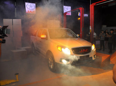 JAC T6 Launched in Bolivia 6