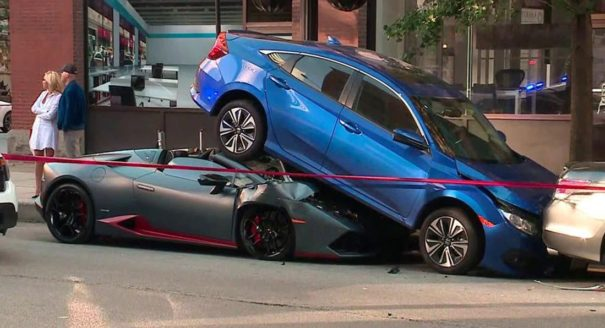 Lamborghini Huracan Spyder Rear-Ends Honda Civic in Chicago 1