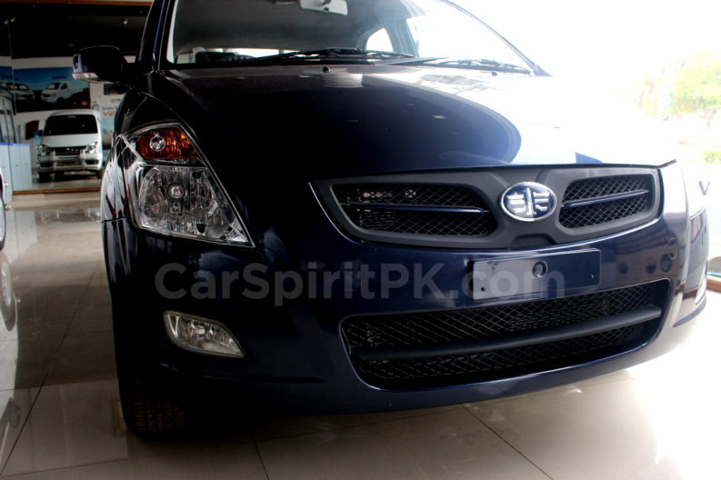 At PKR 15.74 Lac FAW V2 is Still the Best Value for Money Hatchback in Pakistan 4