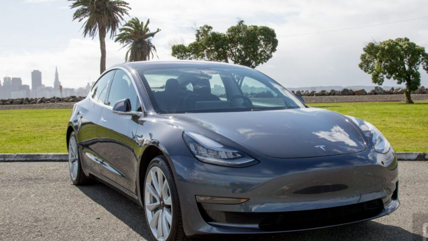 Tesla Ordered to Give Autopilot Data to US Federal Safety Watchdog 1