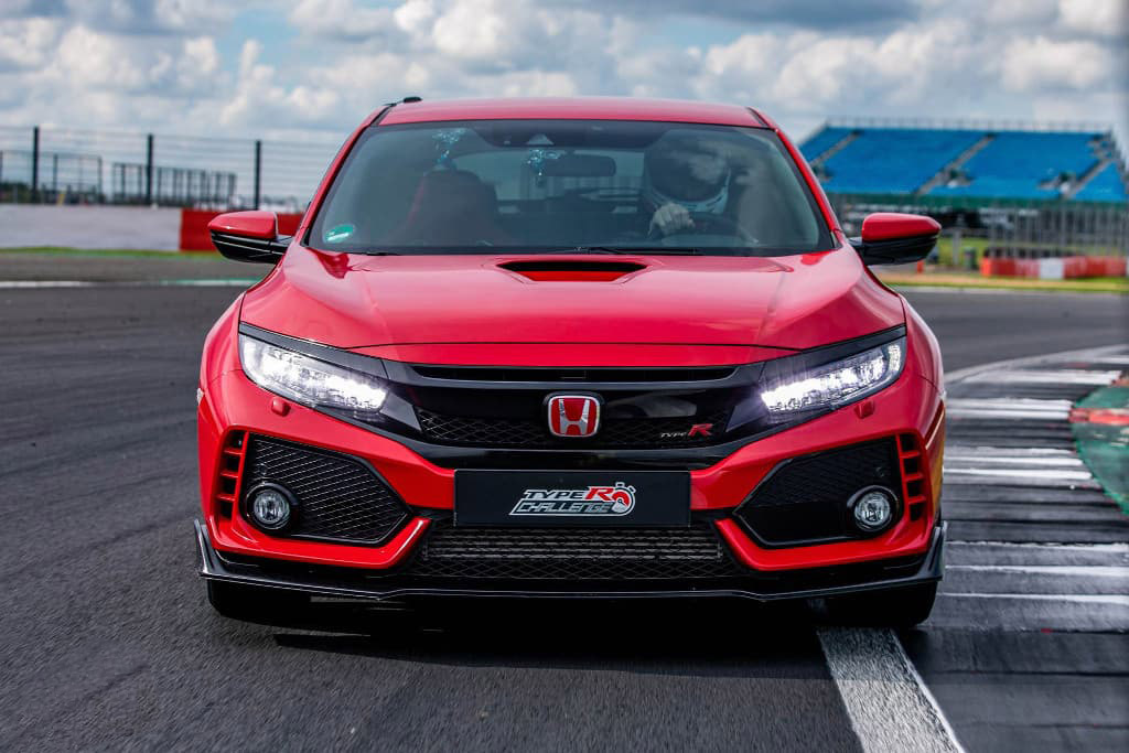 Honda Civic Type R Breaks Silverstone Lap Record 3