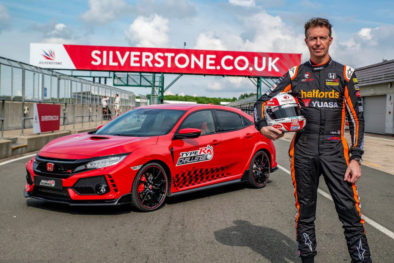 Honda Civic Type R Breaks Silverstone Lap Record 5