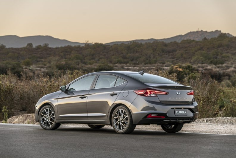 2019 Hyundai Elantra Facelift Revealed 7