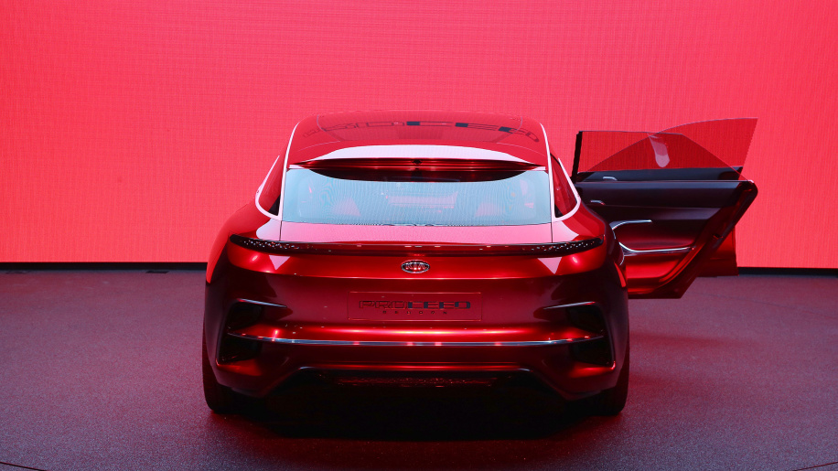 Kia ProCeed Teased Ahead of Paris Motor Show 5