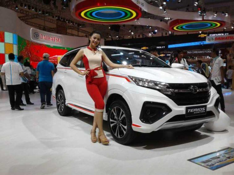 Daihatsu Terios Custom at GIIAS 2018 13