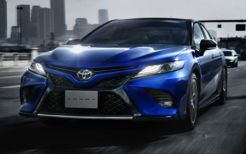 Toyota Launches the Camry Sports in Japan 1