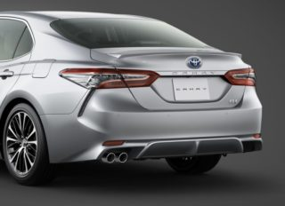 Toyota Launches the Camry Sports in Japan 7