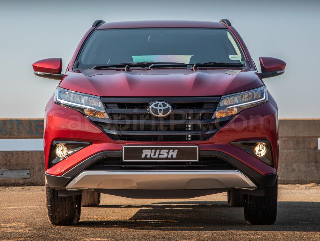 Indus Motors to Launch Toyota Rush in Pakistan 9
