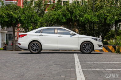 2019 FAW Besturn B50 Facelift Launched in China 8