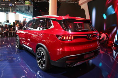 VinFast Unveils Vietnam's First Cars at Paris Motor Show 11